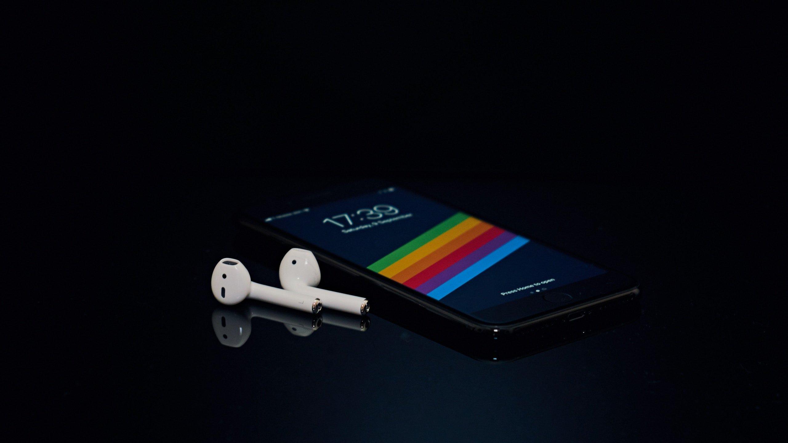 <p>Draadloze oordopjes worden steeds meer gemaakt door de audiofabrikanten. &Eacute;&eacute;n rede daarvoor is dat de 3,5mm aansluiting op smartphone langzaam verdwijnt. Merken als Apple, HTC en Xiaomi kozen er al [&hellip;]</p>